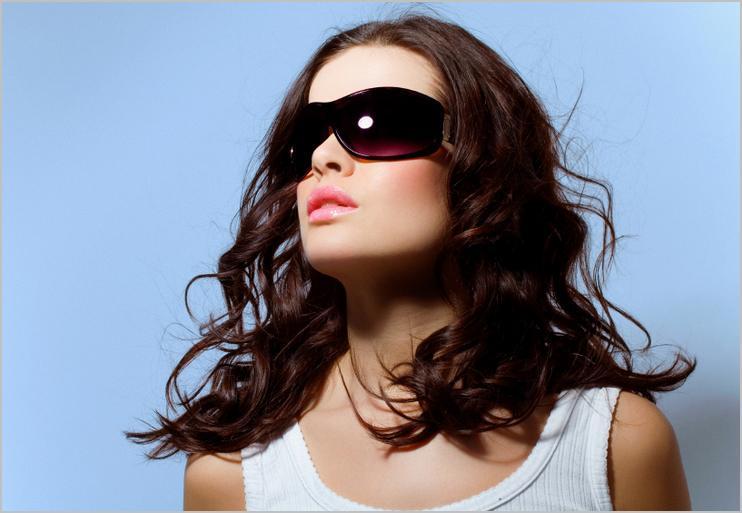 Не мружитися на сонці допоможуть тільки справжні сонцезахисні окуляри! 74814dd4ae34d